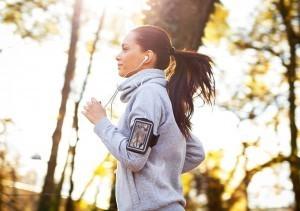 Zeitumstellung: Sport hilft gegen Müdigkeit