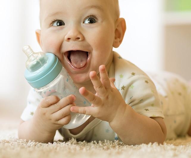 Bild zum Beitrag 'Gesunde Getränke für Babys und Kleinkinder'