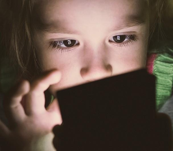 Bild zum Beitrag 'Erschöpft und gestresst: Schlafmangel bei Schülern'