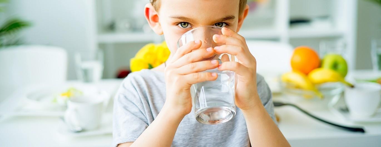 Bild zum Beitrag 'Gewinnspiel: Gesunder Durstlöscher Wasser'