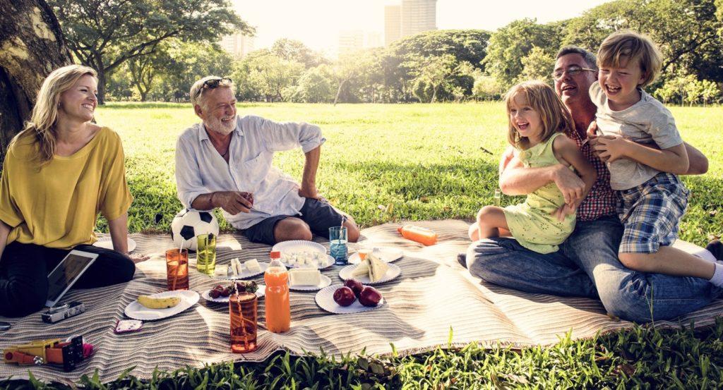 Bild zum Beitrag 'Sommerferien zu Hause: 15 Ideen zum Ausprobieren'