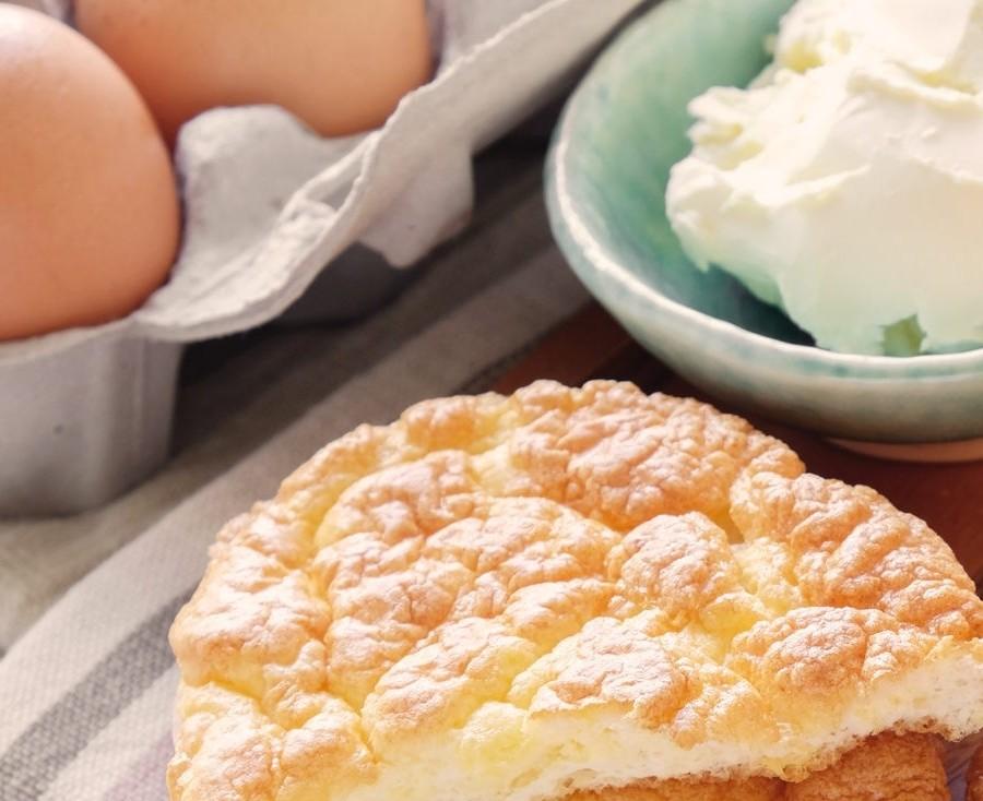 Bild zum Beitrag 'Wolkenbrot – Low Carb-Brot selbst backen'