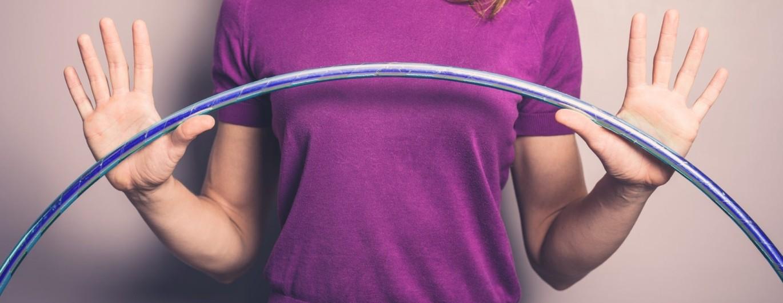 Bild zum Beitrag 'Hula-Hoop – der Trendsport für zu Hause'